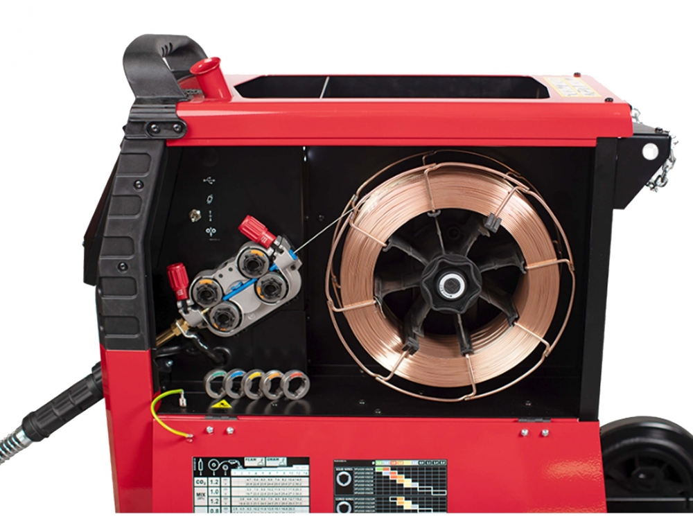 APARAT SUDURA POWERTEC I320 ADVANCED LINCOLN ELECTRIC